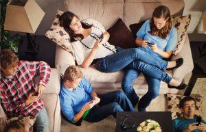 Escolapies Sant Marti Xerrades per a mares i pares Taller Conviure amb les xarxes socials 3